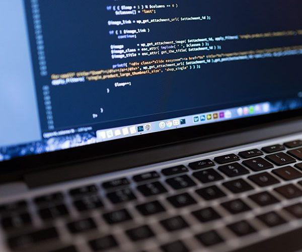 Programing on a Apple Macbook Pro | Unmotive Show Podcast